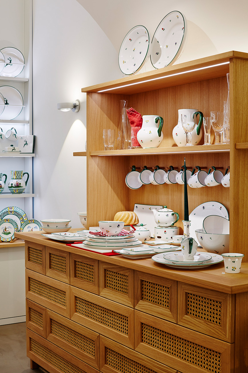gmundner-keramik-1010-wien-flagshipstore-ckdesign-cornelia-kronberger-reduziert-hell-albin-denk-5